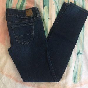 American Eagle Super Skinny Jeans size 00